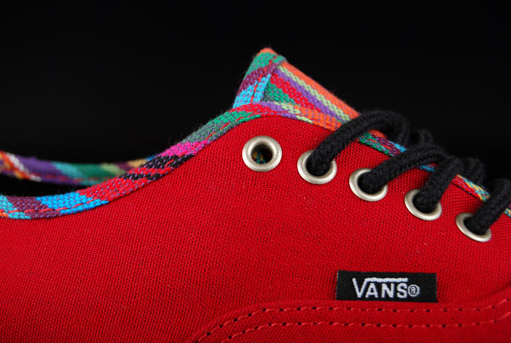 Vans Authentic Lo Pro Stripe Binding Chili Pepper 65856ad45