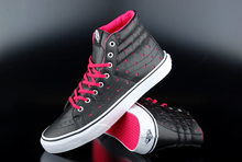 Vans Sk8-Hi Slim Leather Perforate Hearts Black True White