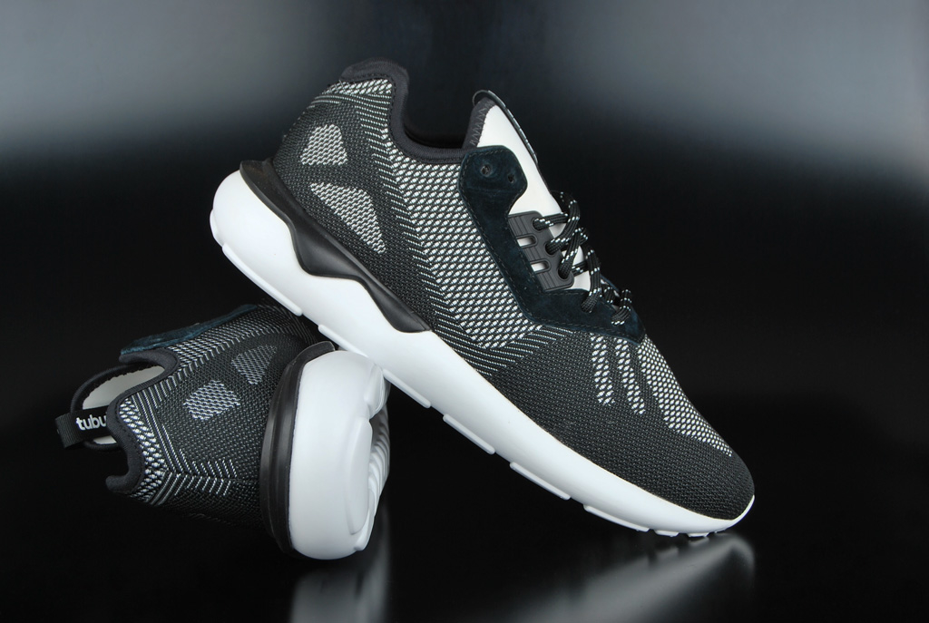 promo code 64316 32464 Adidas Originals Tubular Runner Weave Core Black White Sneaker